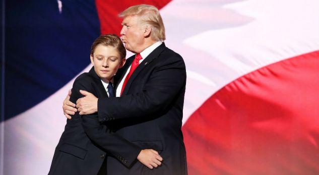 Vajza e Clinton it i del në mbrojtje djalit të Trump it