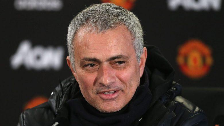 Info Shqip: Mourinho merr dy lajme të rëndësishme para përballjes me Sevillan