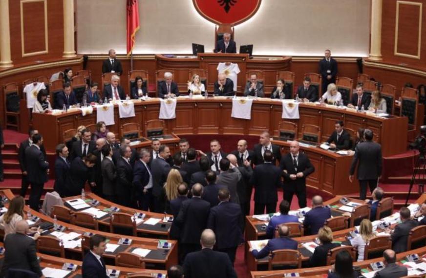 Info Shqip: Deputeti shqiptar në gjendje të rëndë shëndetësore