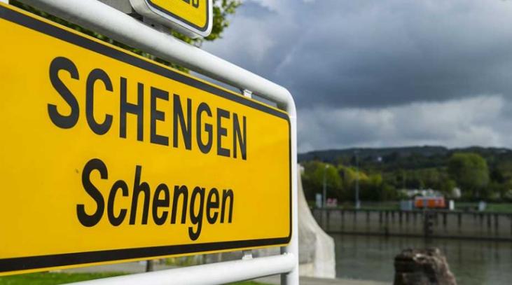 Kroacia hyn në zonën Schengen