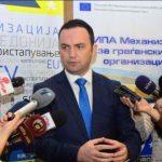 Info Shqip: E dridh Bujar Osmani, godet keq sllavët
