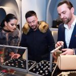 "Info Shqip: Andrra Destani hap dyqanin me fustane nusërie ""Andrra Couture"""