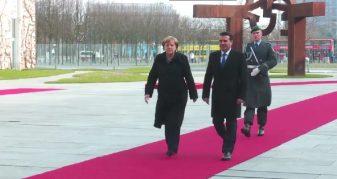 Info Shqip: Ja pritjen që i bëri Merkel kryeministrit Zaev