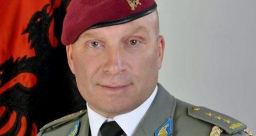 """Info Shqip: Komandant Demiraj nderohet me çmimin """"Mjeshtër i Madh"""""""