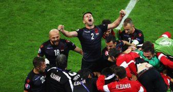 Info Shqip: 'Shpërbëhet' Shqipëria e 'Euro 2016', Panuçi bën ndryshime rastike në formacion