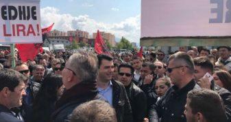 Info Shqip: Opozita nis organizimin për protestën, Basha: Më e madhja që ka ndodhur ndonjëherë