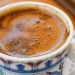 Info Shqip: Konsumoni kafe pa ngrënë? Ja gabimi i frikshëm që po bëni