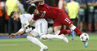 Info Shqip: Pjesa e parë pa gola, Ramos lëndon Salahun