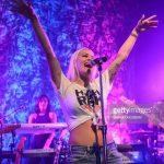 Info Shqip: E anulon koncertin, Rita Ora nuk do shkojë në Izrael (VIDEO)