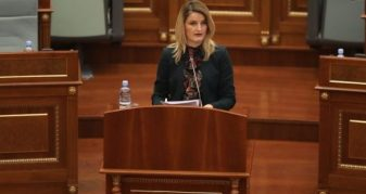 Info Shqip: Hoxha: Jemi në prag të liberalizimit të vizave për qytetarët e Kosovës