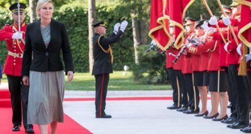 Info Shqip: Presidentja kroate e ngatërroi Kosovën me Shqipërinë