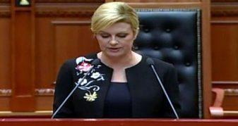 Info Shqip: Presidentja kroate: Shqiptarët kanë sakrifikuar për Kroacinë