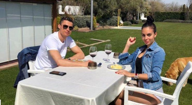 Cili  mbret  do ta ketë fat  Ronaldo nxjerr në shitje super vilën e mbushur me kujtime