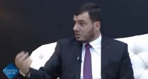 Info Shqip: Deklarata e hoxhës Behar Mjekiqi që po bën bujë: Jam pro vlerave shqiptare, jo arabizma dhe turqizma (VIDEO)
