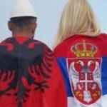 Info Shqip: Sondazhi, shqiptarët urrejnë më shumë serbët, habisin me mendimin për grekët