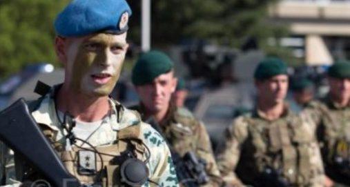 Info Shqip: Tregon 'muskujt' ushtria shqiptare: Mos e humbisni fotoreportazhin e 'Luanit shqiptar'