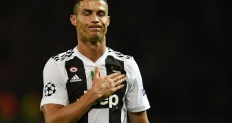 """Info Shqip: Ronaldo """"tregon dhëmbët"""": Tani fillon Champions-i i vërtetë"""