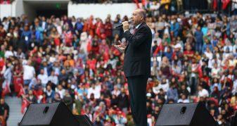 Info Shqip: Erdoğan: Nuk mund t'i shërbehet popullit duke u bërë mashë e tradhtarëve
