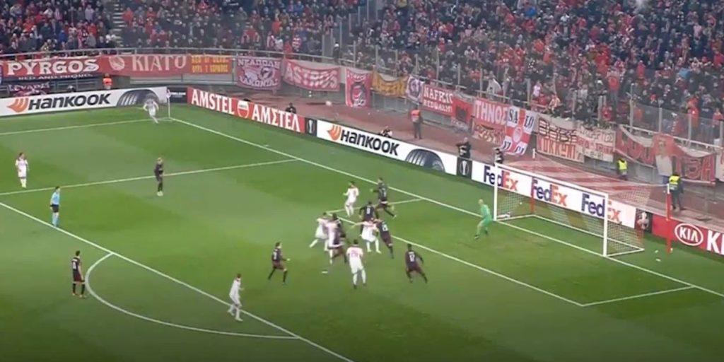 Info Shqip: Mediat italiane: Penallti e shpikur, arbitri eliminoi Milanin (VIDEO)