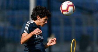 """Info Shqip: Reali i """"mallkuar"""" nga dëmtimet, futbollisti largohet me lot nga stërvitja"""