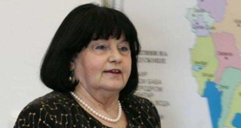 Info Shqip: Ish anëtarja e KSHZ-së që dha dorëheqje për skandalin e bonuseve, tani e këshillon Zaevin për 40.000 denarë në muaj