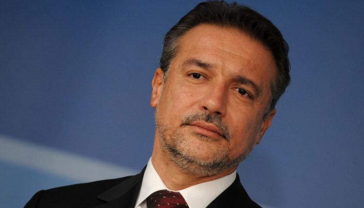 Edhe Crvenkovski goditet nga ntikorrupsioni  ja për çka bëhet fjalë