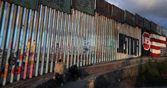 Info Shqip: Pentagoni ende pa vendim për ndërtimin e murit