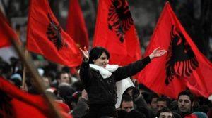 Info Shqip: Bugajski: Nëse bashkohen Kosova dhe Shqipëria, do të kërkojnë ndarje edhe shqiptarët e Maqedonisë deri në Shkup