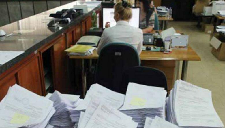 Në Maqedoni të gjithë duan punë shteti