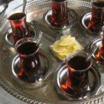 Info Shqip: A e dini pse çajit të zi shqiptarët i thonë çaj rusi? Ja arsyeja