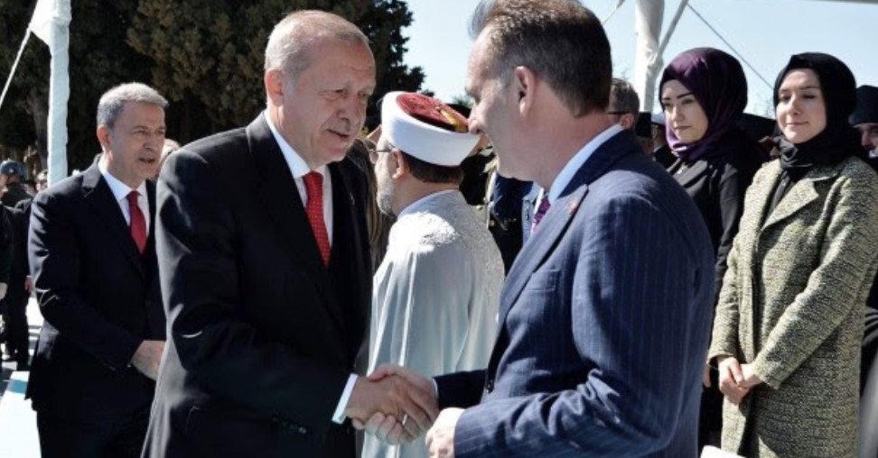 Fatmir Limaj dhe Erdogan shtrëngojnë duart në shënimin e përvjetorit të Çanakkalasë