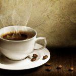 Info Shqip: Kur është koha ideale për të pirë kafen e mëngjesit?