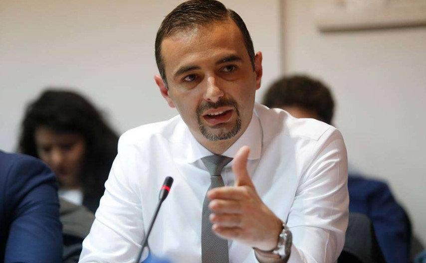 Ministri Lluka tregon sa miliona euro është humbja vjetore në Telekom