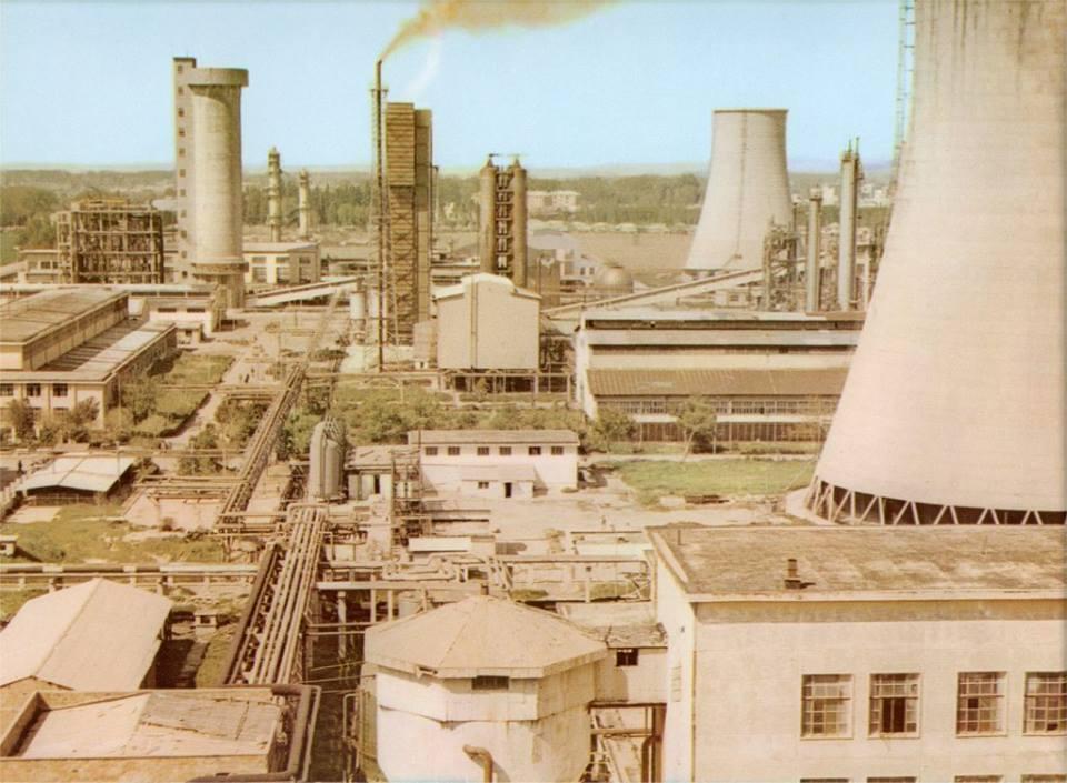 Si u prishën 500 fabrika në Shqipëri në vitet 90′ 95′ me urdhër të Beogradit dhe Athinës