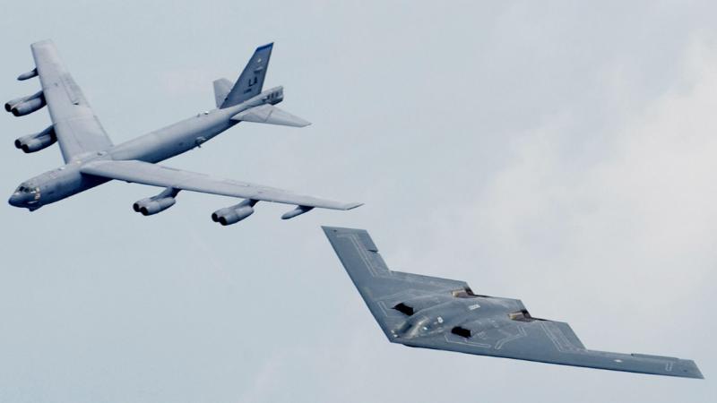 Avionët rusë tentojnë të hyjnë në territorin e SHBA së   ushtarët amerikanë i dalin në pritë