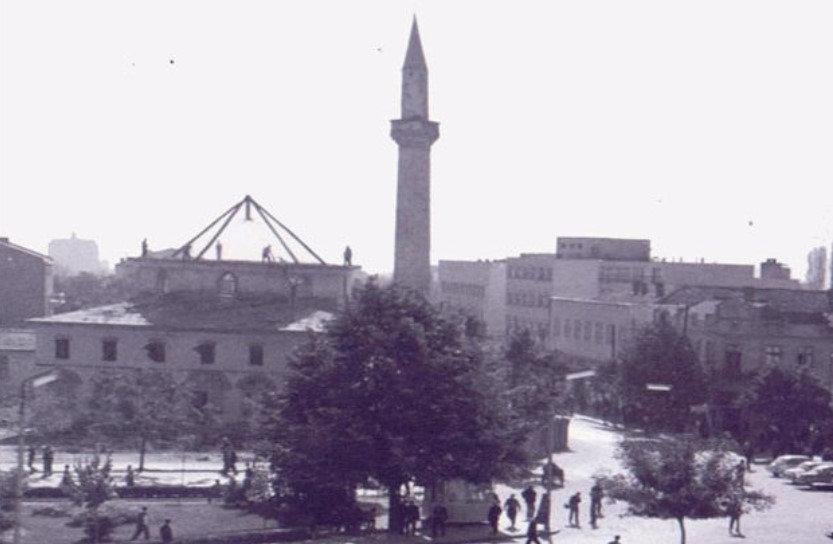 Enigma  për prishjen e Xhamisë së Çarshisë në Tetovë