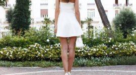 Info Shqip: Trendi i cili nuk del mode kurrë, ky fustan është zotëruesi absolut i modës i këtij sezoni