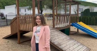 """Info Shqip: Kjo është 18-vjeçarja nga Kumanova që humbi jetën në aksidentin në autostradën """"Ibrahim Rugova"""""""