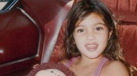 Info Shqip: Kjo fytyrë ëngjëllore, është sot vajza që po bën namin në botë (FOTO)