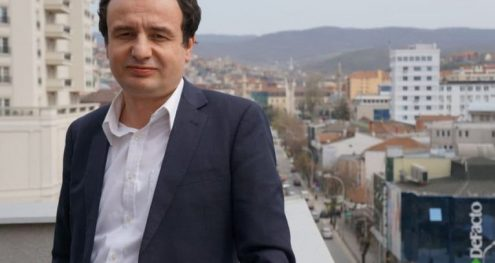 Info Shqip: Albin Kurti: Vuçiçi, një Millosheviç me mjete të tjera, si do reagohej në rast lufte me Serbinë