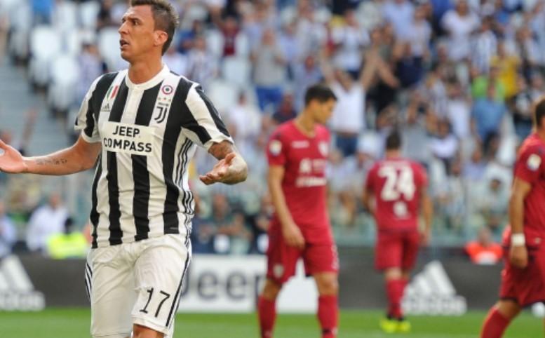 E BUJSHME  Milani kërkon Mandzukic