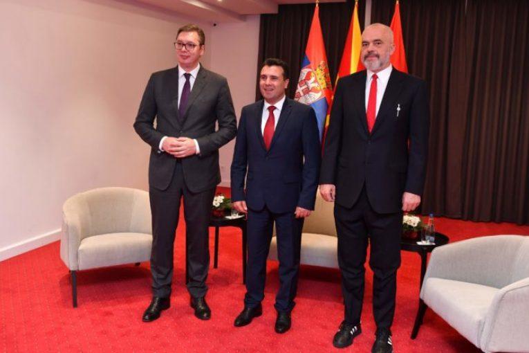 Edi Rama  Ti japim fund kufirit mes Kosovës dhe Shqipërisë