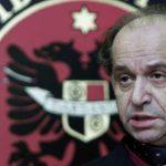 Info Shqip: I pinte shtatë kafe në ditë dhe katër pako duhan, lexoni 6 fakte për Ibrahim Rugovën