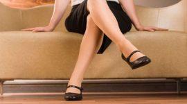 Info Shqip: Ulja me këmbë të kryqëzuara është e dëmshme për shëndetin