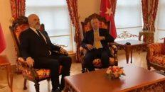 Info Shqip: Edi Rama para donatorëve në Stamboll: Çfarë është Turqia për ne, ç'thotë Allahu, Kurani dhe hadithet për ndihmëtarët ndaj njerëzve
