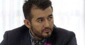 Info Shqip: Labinot Tahiri i bën vetes dhuratë një veturë luksoze, ja e cilit tip (FOTO)
