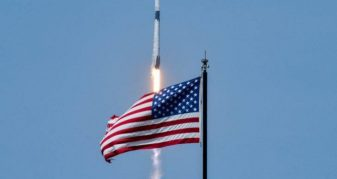 Info Shqip: Vizioni 16-vjeçar i Elon Musk rikthen astronautët Amerikanë në hapësirë pas 9 vitesh (FOTO)