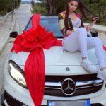 Info Shqip: Festoi ditëlindjen, Rashel merr dhuratë makinën luksoze (FOTO)