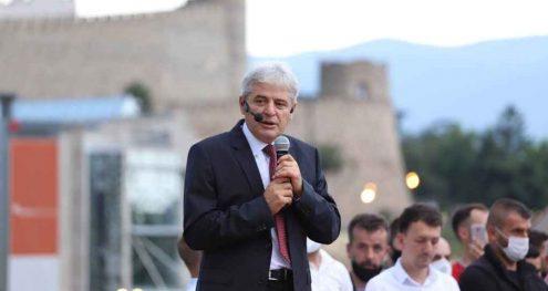 Info Shqip: Ali Ahmeti nga Ura e Gurit: Kërkesat tona janë legjitime, sot Kryeministrin nesër Presidentin