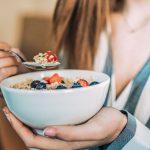 Info Shqip: Si të mësoni të hani ngadalë dhe siç duhet